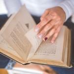 願望実現の本を読む